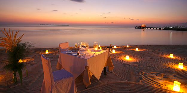 Wakatobi Romantic Dinner on Beach 625 x 310