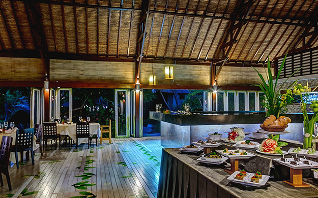 The atmosphere at Wakatobi's restaurant embodies the welcoming nature of the Indonesian culture. Photo by Didi Lotze