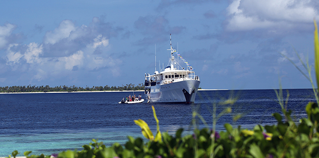 Guests board Pelagian from resort_Wakatobi Dive Resort