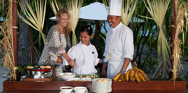 Wakatobi's culinary team is happy to fulfill any special dietary requirements or requests, and they also like to share many of their techniques during Indonesian cooking demonstrations offered to guests.