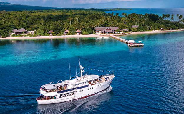 Before or after your Bali bonus it's off to the resort and Pelagian for your Wakatobi experience. We're at your service to make it happen, in seamless Wakatobi fashion.
