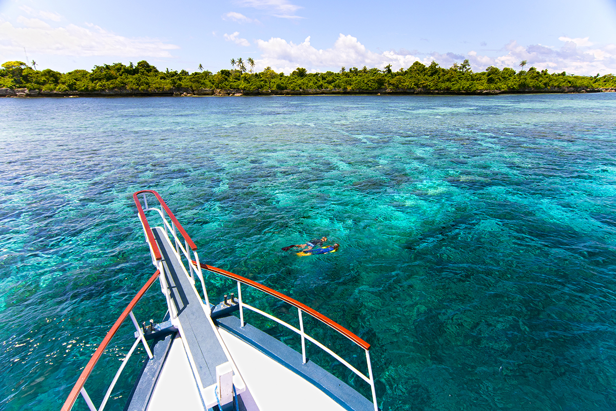 At Wakatobi couples and families that are a mix of divers and snorkelers can share the same underwater sights and adventures.
