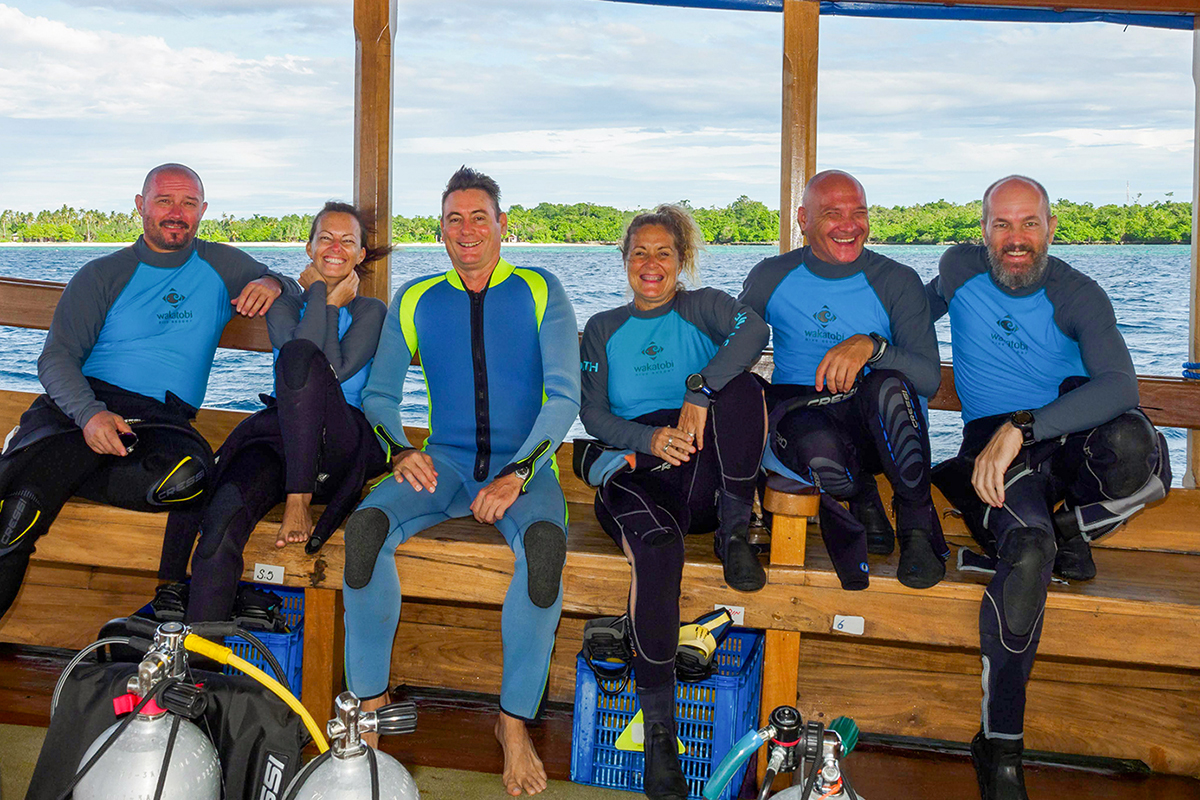 "The ""hibernation team"" engages in regular reef patrols on the surface and underwater and continue to maintain old moorings and install new ones. Pictured (l to r) are Marco Fierli, Chiara Sola, Lorenz Mäder, Judith Terol Oto, Ramon Crevilles, and Chris Gloor."